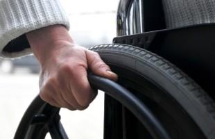 Nieodpłatny sprzęt rehabilitacyjny dla osób niepełnosprawnych z Przasnysza