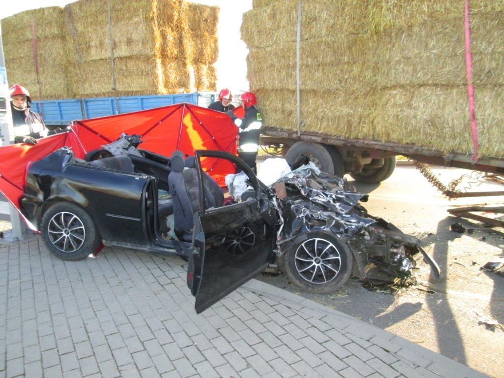 Karwacz - wypadek - 24.11.2014 r. IMG_1157