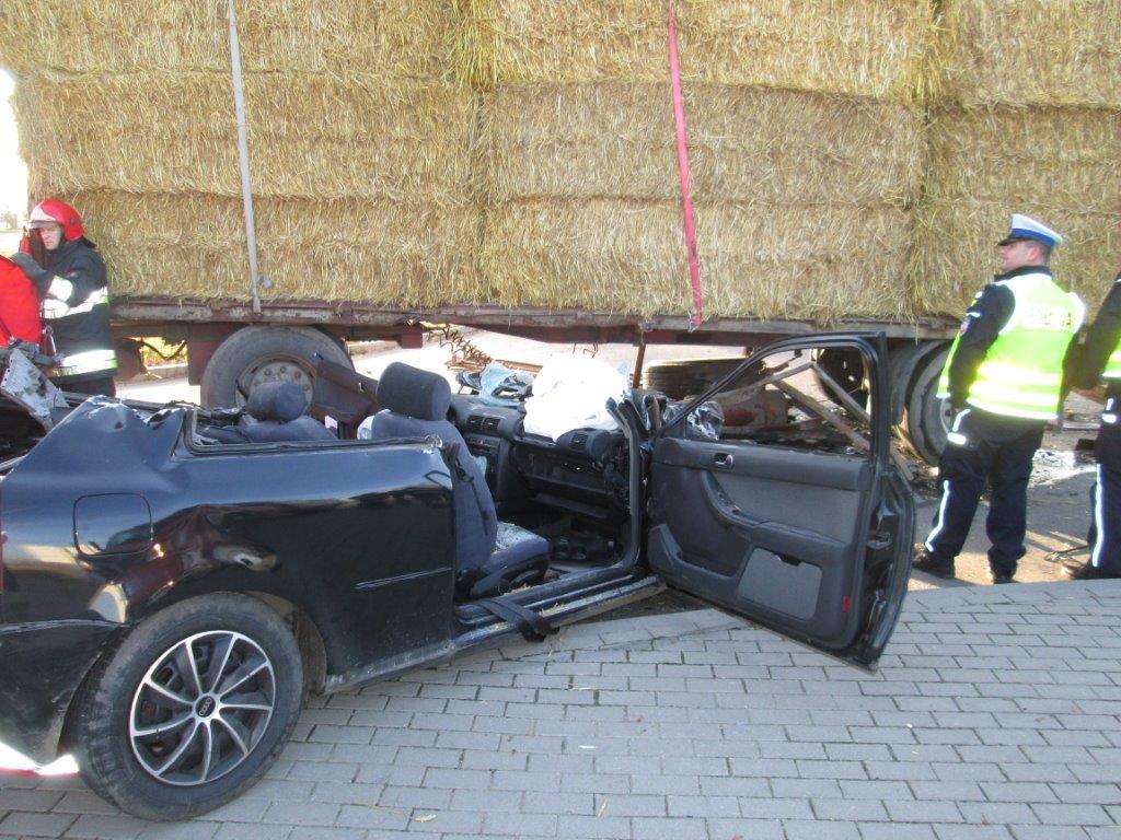 Karwacz - wypadek - 24.11.2014 r. IMG_1158